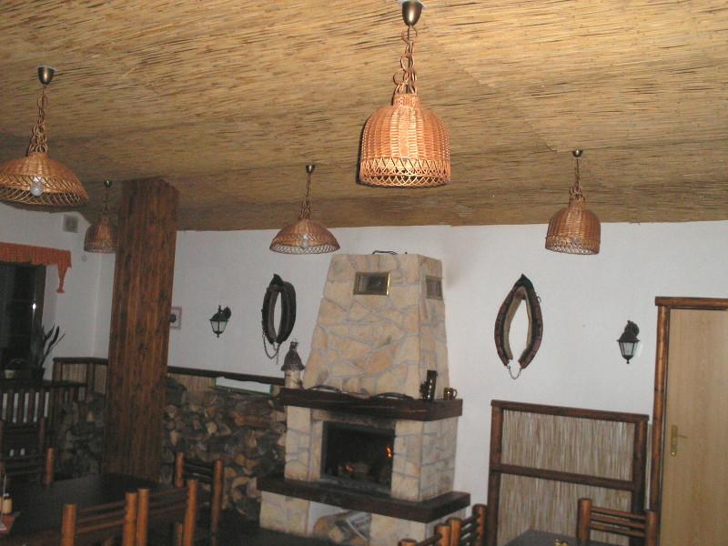 Dekorační rákosové interiérové prvky