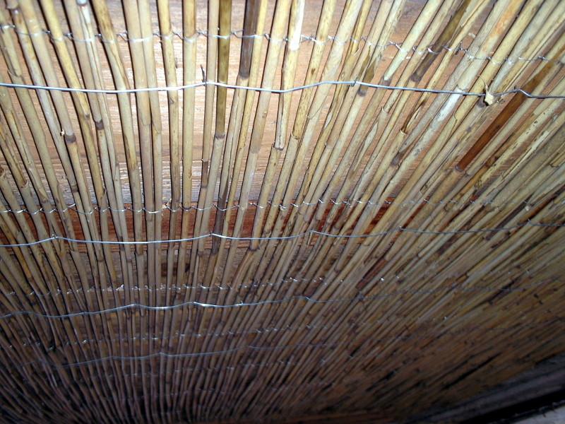 Stavební podomítkové rákosové pletivo